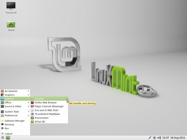 Linux Mint 11 LXDE Desktop