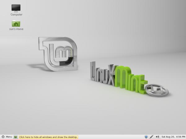 Linux Mint 11 Desktop