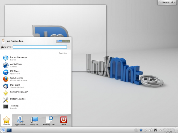 Linux Mint 12 KDE screen shot preview