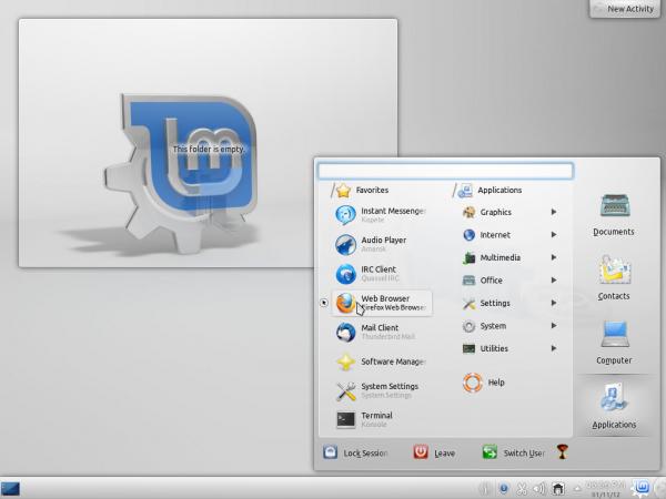 Linux Mint 12 KDE Desktop Lancelot