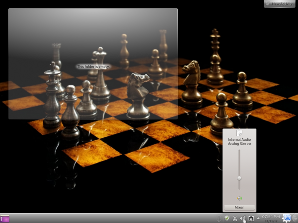 Linux Mint 12 KDE Desktop Chess Wallpaper