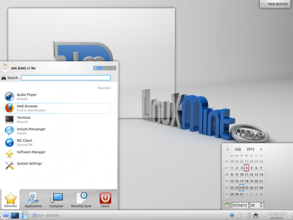 Linux Mint 13 KDE Desktop