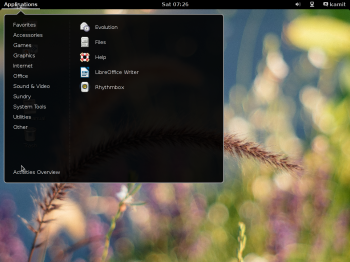 The desktop on Siduction 2013.2 GNOME showing the app menu.