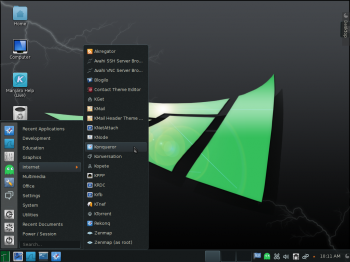 The KDE desktop on Manjaro 0.8.9 KDE with the Homerun Kicker menu showing installed Internet applications.