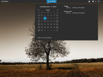 The default GNOME 3 desktop of Antergos 2014.26.05 showing the topbar calendar